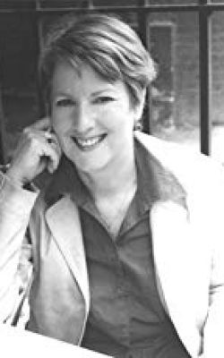 Célia Rees